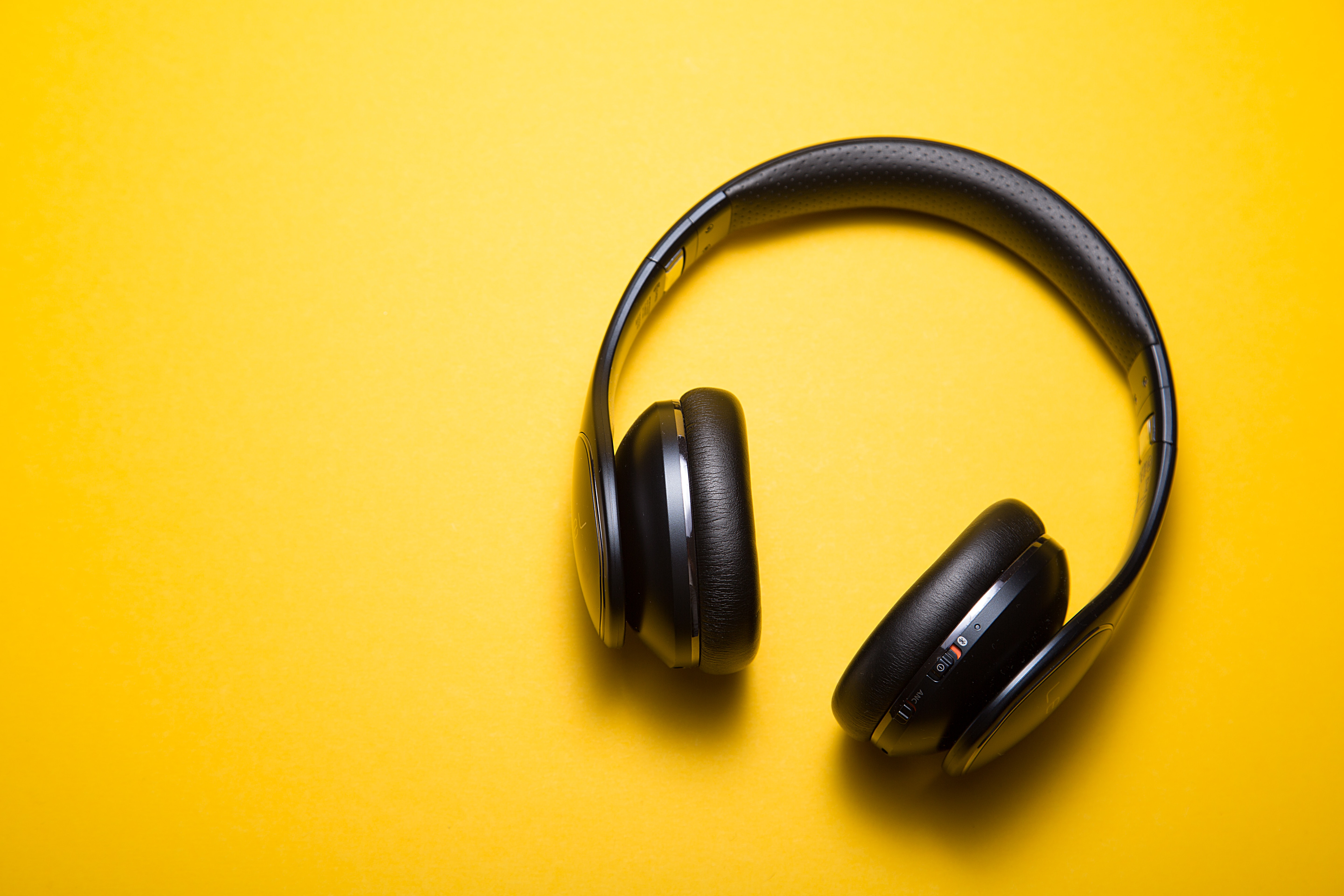 7 of the Best Podcasts for Accountants - credit: Malte W ingen